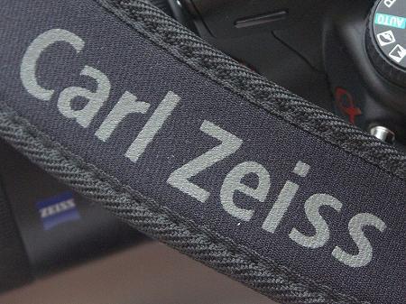 カールツァイス CZ 標準ワイドストラップ(一眼レフカメラにも使用可能) 01