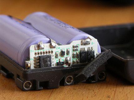 バッテリー(電池)内部