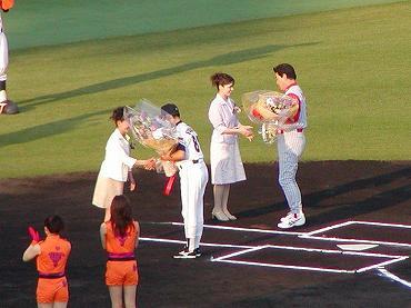 サンマリンスタジアム宮崎での公式戦 2004年 巨人-広島 02