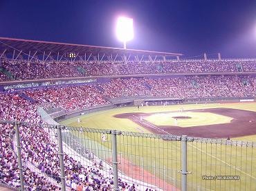 サンマリンスタジアム宮崎での公式戦 2004年 巨人-広島 04