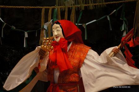 観光神楽・鈿女(うずめ)の舞