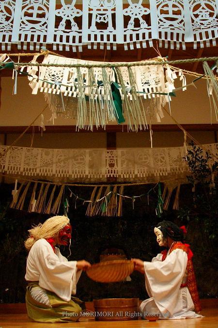 高千穂の夜神楽 御神体(ごしんたい)の舞