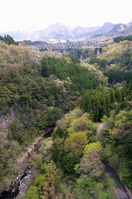 雲海橋から見た高千穂鉄橋