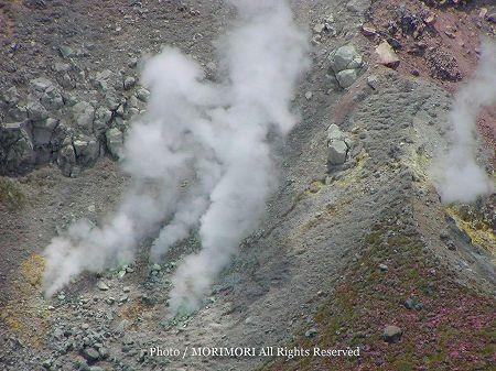霧島連山 御鉢の噴気