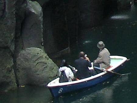 高千穂峡 アメノウズメノミコトの形の石 02