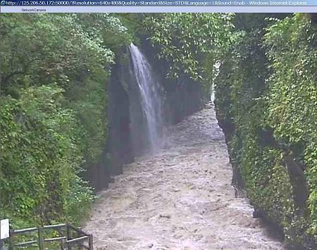 増水した高千穂峡(ライブカメラ映像)  02