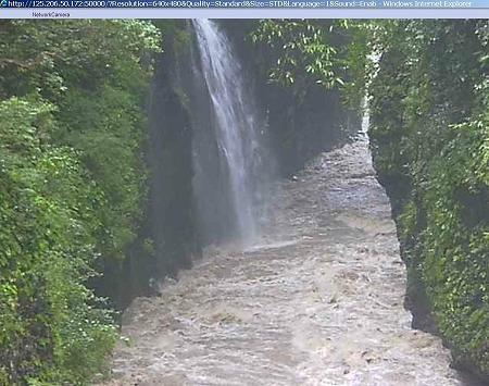 増水した高千穂峡(ライブカメラ映像) 03